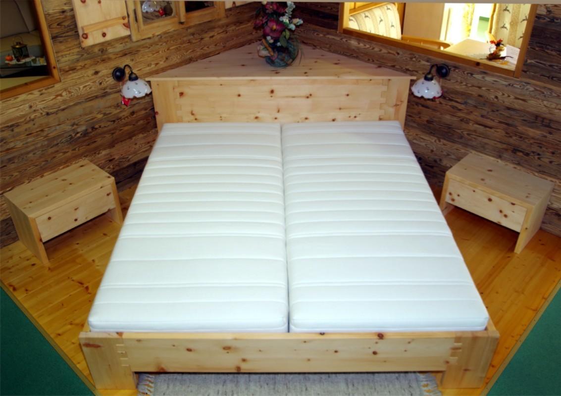 Zirbenholz Möbel und Wohnaccessoires