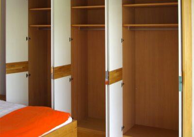 Handgefertigtes Zirbenholz-Doppelbett 31