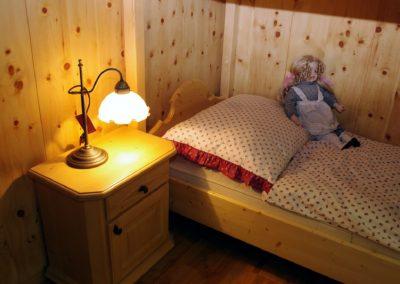 Handgefertigtes Zirbenholz-Doppelbett 14