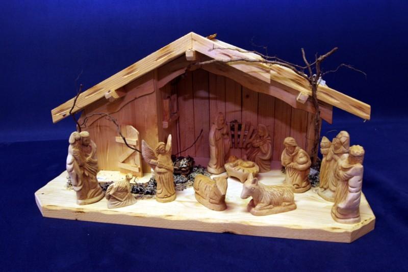 Weihnachtskrippe mittelgroß mit großen unbemalten Figuren