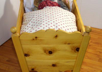 Handgefertigtes Zirbenholz-Doppelbett 7