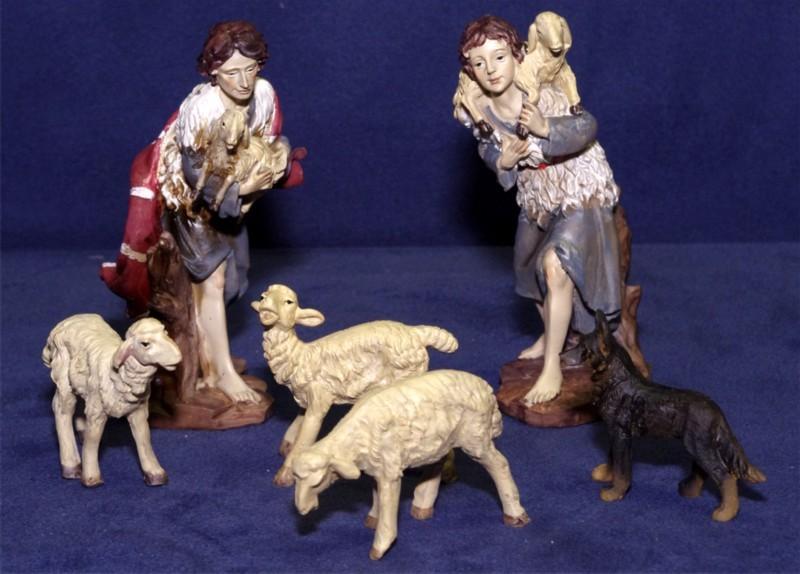 Krippenfiguren groß und bemalt Hirten, Schafe, Schäferhund