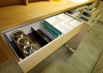 Designer-Küche Lionga DAN 19