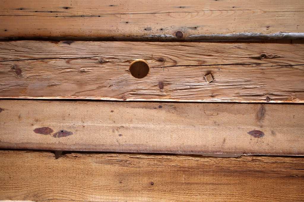 Altholz als Basis für schöne Möbel